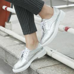 """蔻维斯<span class=""""gcolor"""">女鞋</span> 2016新款<span class=""""gcolor"""">流行</span>铆钉系带英伦风时尚单鞋"""