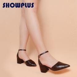 "SHOWPLUS/秀派夏季新款粗跟女鞋简约包头真皮一字带粗跟<span class=""gcolor"">高跟</span>凉鞋"