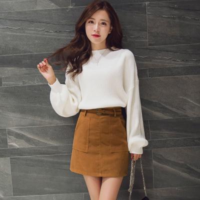 女人志 2017春季新款灯笼袖中领毛衣+韩绒料口袋短裙套装送皮带2233