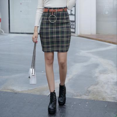 红成服饰 秋冬新款裙子A字裙短裙格子半身裙女半裙包臀裙显瘦高腰905