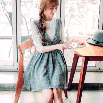 恩黛 2017新款实拍连衣裙套装格子长袖蕾丝上衣两件套 Q047F6752