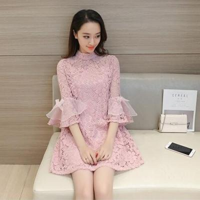 蓝莓家  2017韩版宽松喇叭袖镂空蕾丝A字连衣裙 小清新娃娃裙两件套   8518