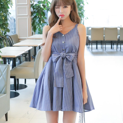 恩黛2017夏新款韩版条纹蓝色V领吊带连衣裙 女高腰夏季中长款裙子Q047F6858