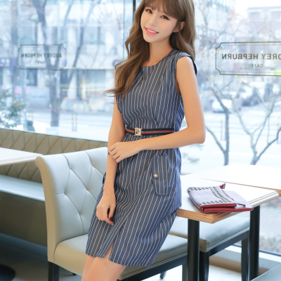 恩黛2017夏新款潮流时尚个性条纹 圆领无袖连衣裙女送腰带Q047F6856