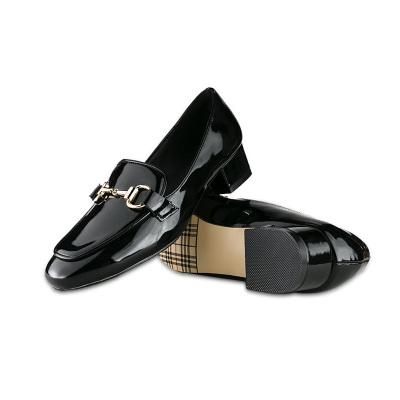 JustMe 2017新款时尚亮漆方头粗跟舒适女单鞋 AML1620