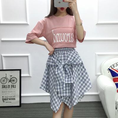 女人志 2017年夏季新款套装 韩版英文上衣+格子不规则裙子 套装 8811