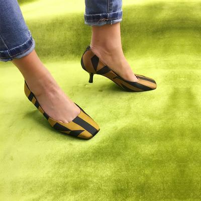 荷乐诗 新款时尚跟鞋 1633-51