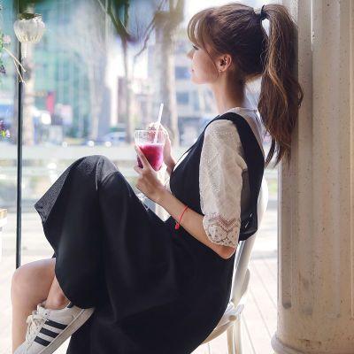【批发】恩黛 2017新款甜美学院风两件套蕾丝上衣+显瘦背带连衣裙 Q047F66