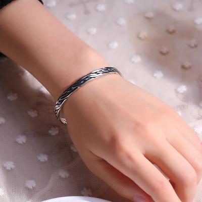 S925纯银泰国手工编织扭线纹系列热销复古泰银色手镯