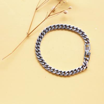 韩版流行银饰品 镀925银女款7MM侧身手链 10
