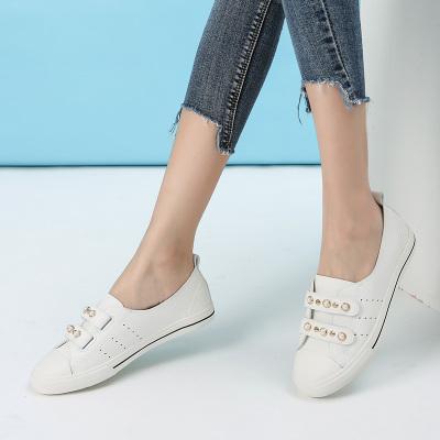 拓涵 新款休闲舒适珍珠小白鞋 TH57A001