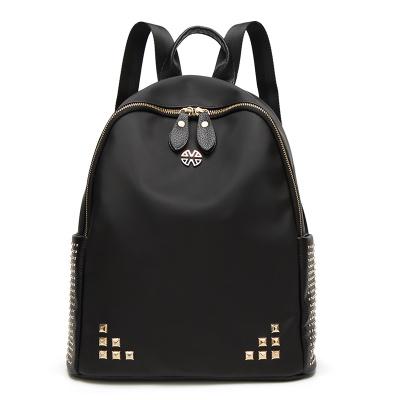 佳佳皮具 2017新款铆钉男女通用双肩背包学院风旅行书包外贸包包 f37