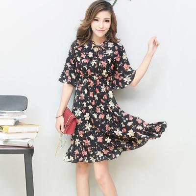 2017夏季新品时尚百搭气质连衣裙 8508