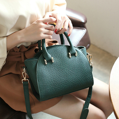 至缘皮具 新款时尚韩版手提包 J082