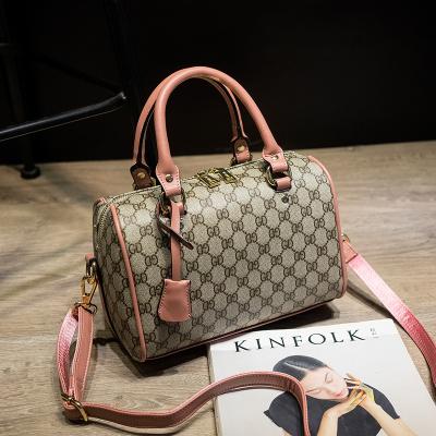 米尔 2018新款时尚波士顿包粉色单肩枕头包斜挎小包包休闲手提包