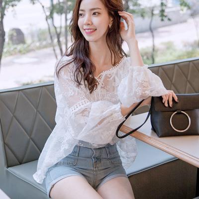 恩黛 2017秋季新款韩版女装宽松长袖蕾丝衫灯笼袖两件套上衣Q047F6988