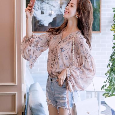 恩黛 实拍2017秋季新款韩版女装印花雪纺衫 宽松V领上衣长袖T恤 Q047F6998