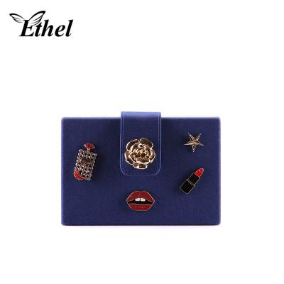 珠艺Ethel 复古盒子包立体方包创意精巧斜跨单肩手拿小包晚宴包 7021172BLN