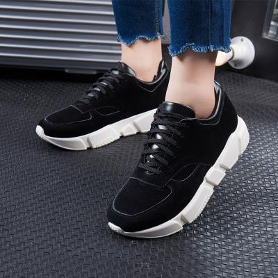 拓涵 防滑耐磨面拼接平底2017冬季新款黑色运动鞋百搭女性跑步鞋