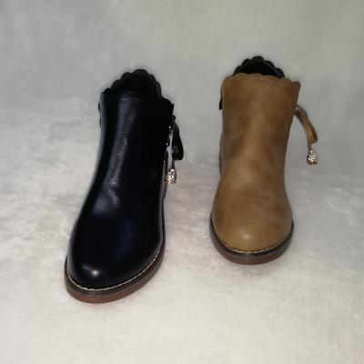足尚 韩版时尚女短靴 C-99