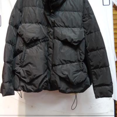 新款羽绒服 黑色 L164013230