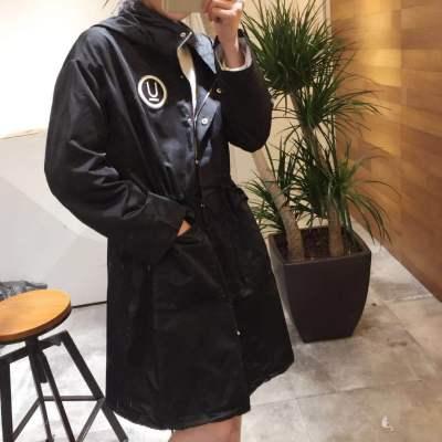 衣所 2018年新品 春季必备风衣中长款 个性抽绳修身连帽风衣外套 672001