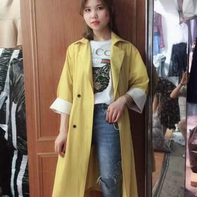 王忆熹 2018年 春季新品 时尚撞色双排扣百搭风衣女人味外套潮