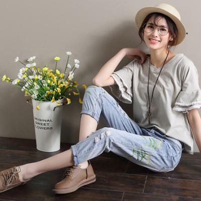 布桂坊2018春夏新款个性刺绣破洞九分牛仔裤女9032