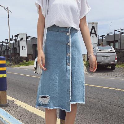 恩黛 2018夏季新款韩版单排扣牛仔裙侧开一片式半身裙F6583