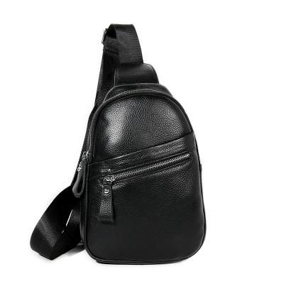 头层牛皮胸包 YZ-1902