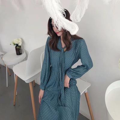 LD服饰 2018秋季新款长袖复古高腰系带连衣裙 9296