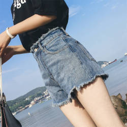 2019年新款  韩版修腿型显高显瘦牛仔短裤 706