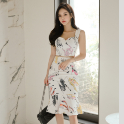 实拍普瑞施 时尚印花吊带上衣+中高腰包裙 9226(套装)