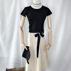 黑羽白 2019夏季随性chic弹力修身短袖T恤+棉麻半身裙网红两件套装裙女士 23754517