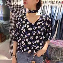 新款高端女装短袖女碎花挂脖韩版时尚魅力花朵图案上衣