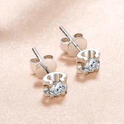 18K金镶钻石璀璨系列耳钉