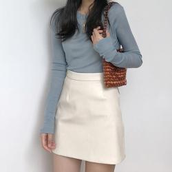 2019秋季新款皮裙女高腰修身显瘦A字半身裙纯色包臀一步裙短裙女 19U1126