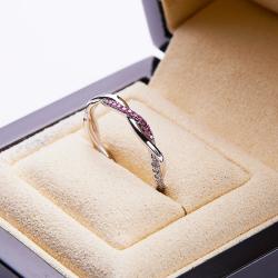 18k金石榴石鑲鉆戒指