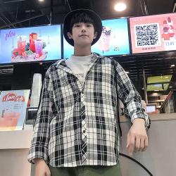 第一男孩 2020年春季新款時尚潮男氣質連帽格子襯衫 A32