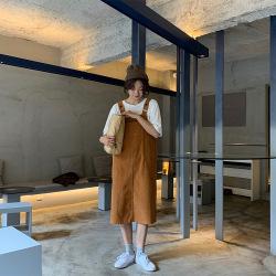 三峥复古灯芯绒直筒背带裙女2020春季新款韩版中长款吊带裙L71685