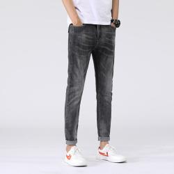 8855 型男牛仔裤 不变形不挑人弹性舒适透气耐磨拉链款
