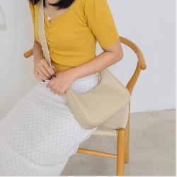 法式包包女包2020新款斜挎包小清新韩版简约大容量女士单肩包 M028
