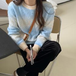 三峥落肩袖渐变色马海毛毛衣女2020冬季韩版舒适毛织上衣M8259