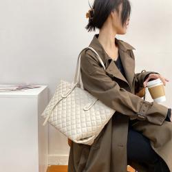 时尚大容量包包女2020新款网红软皮质感单肩包复古百搭手提托特包