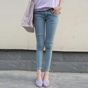 春装新款 低腰小脚牛仔裤 韩版破洞浅蓝色小脚裤牛仔裤女