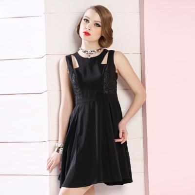 苑丽影儿 新款夏装欧美女装时尚镂空显身材连衣裙黑色 142Q0121