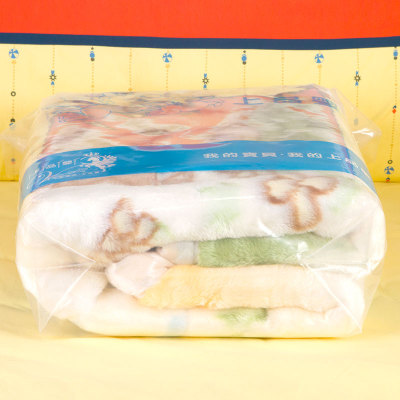 上品婴 卡通拉舍尔童毯 米黄色毛毯亲肤柔软车毯 空调毯 保暖透气