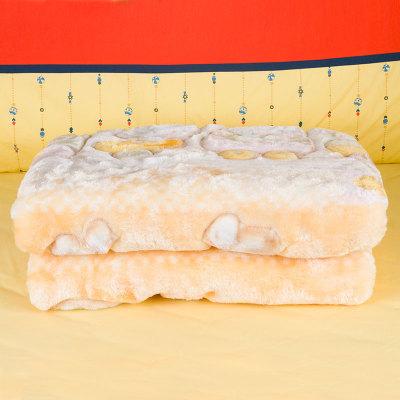 2件套超值装 加厚加绒拉舍尔毛毯+海洋水保湿洁面乳 更保温 易清