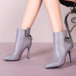 """2016时尚爆款细跟尖头真皮<span class=""""gcolor"""">高跟</span>靴马丁靴女 1552-L2"""