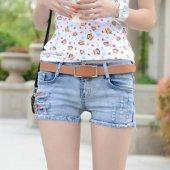 依晨 女款牛仔短裤韩版简约时尚休闲性感包臀短裤女6658